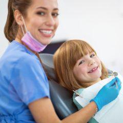Dentista gratuito en la Comunidad de Madrid para niños de 6 a 16 años